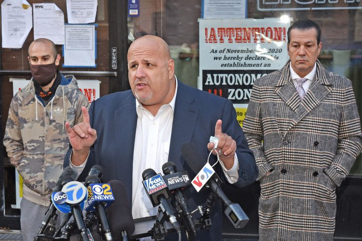 Lawyer says sheriff allegedly rammed by NYC bar owner's SUV is lying about broken legs